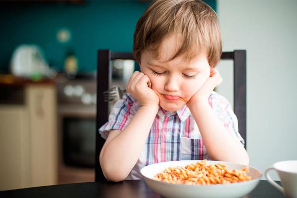Trẻ không chiu ăn