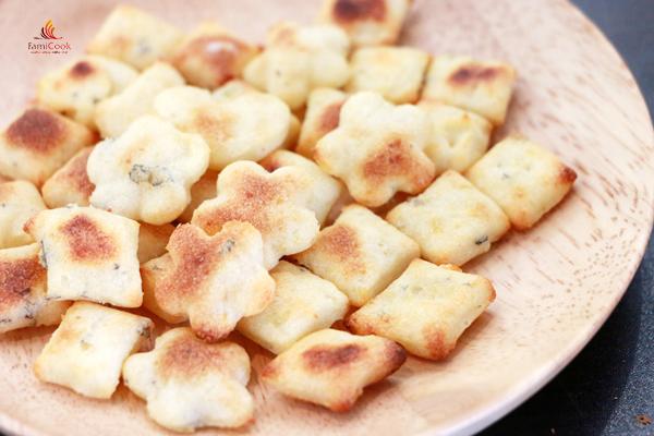 bánh khoai tây rong biển