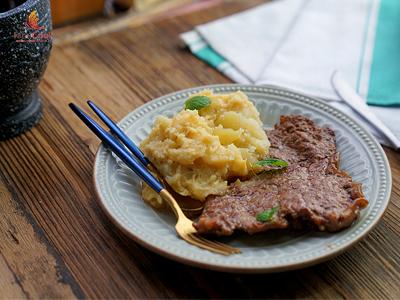 Cách làm bít tết khoai tây nghiền