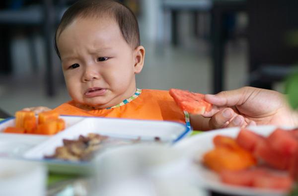 Trẻ biếng ăn, không chịu ăn