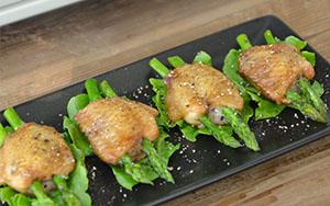 Cánh gà nướng măng tây
